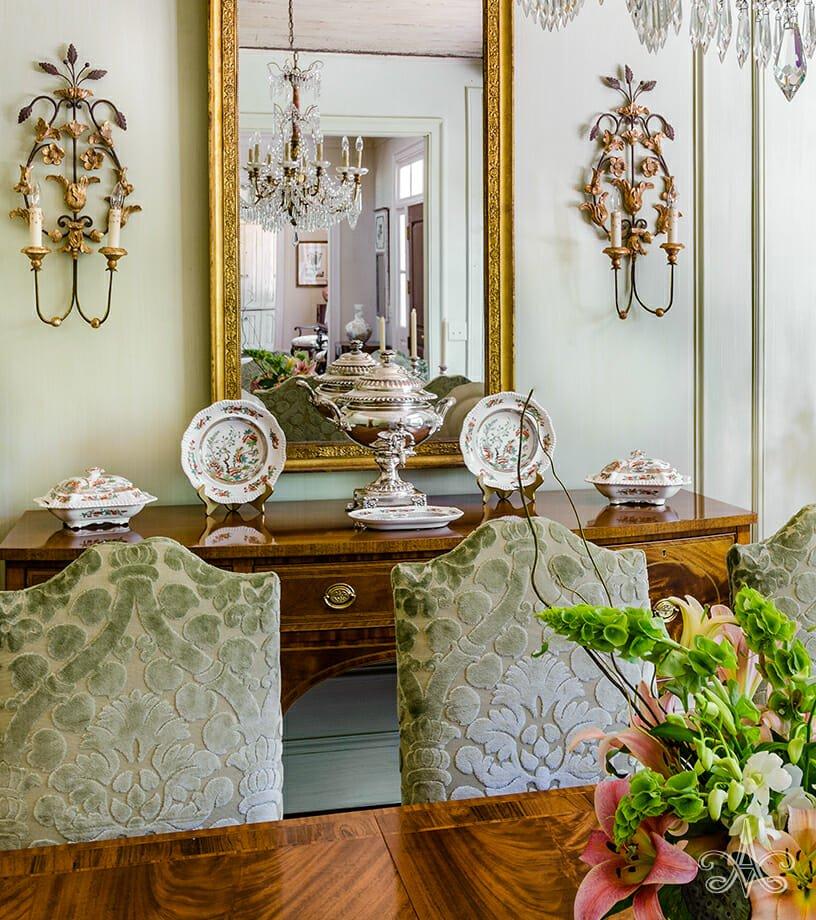 © Alcott Interiors - Carolyn Kendall -- Deer Park Classic